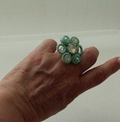 Anillo soutache verde agua y blanco 163.1